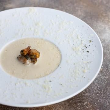 Сырный суп с мидиями